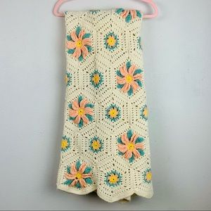 Vintage 3D Flower Afghan Crocheted Quilt Blanket